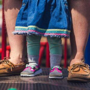 assistente all'infanzia, dei neonati e dei bambini