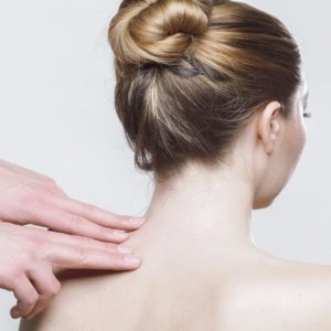 studio della postura corretta e delle deviazioni posturali