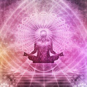 Il corso online di Aura a Chakra ti permette di imparare a conoscere le tecniche per rigenerare l'energia vitale