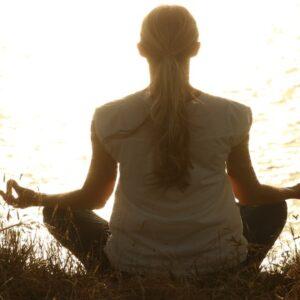 Imparare le tecniche di rilassamento utili ad allontanare lo stress psicofisico